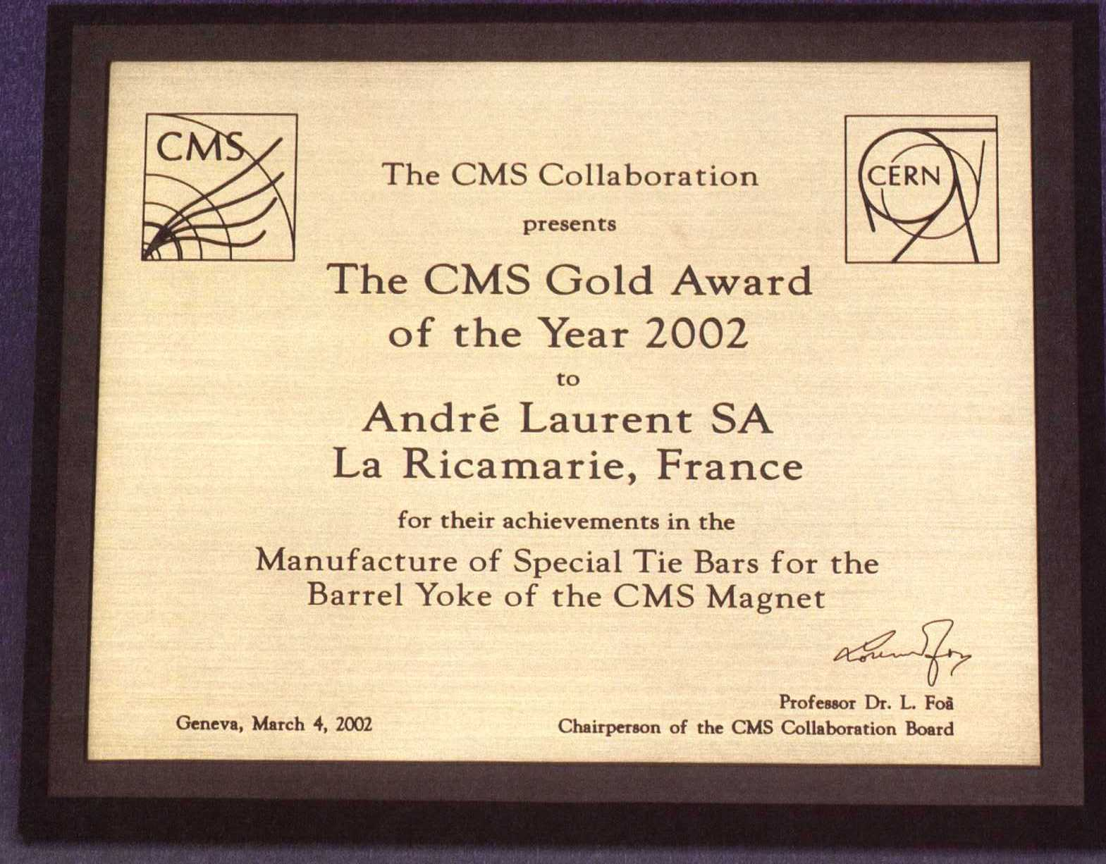 Gold Award for Special Tie Bars for Barrel Yoke (CMS MAGNET)