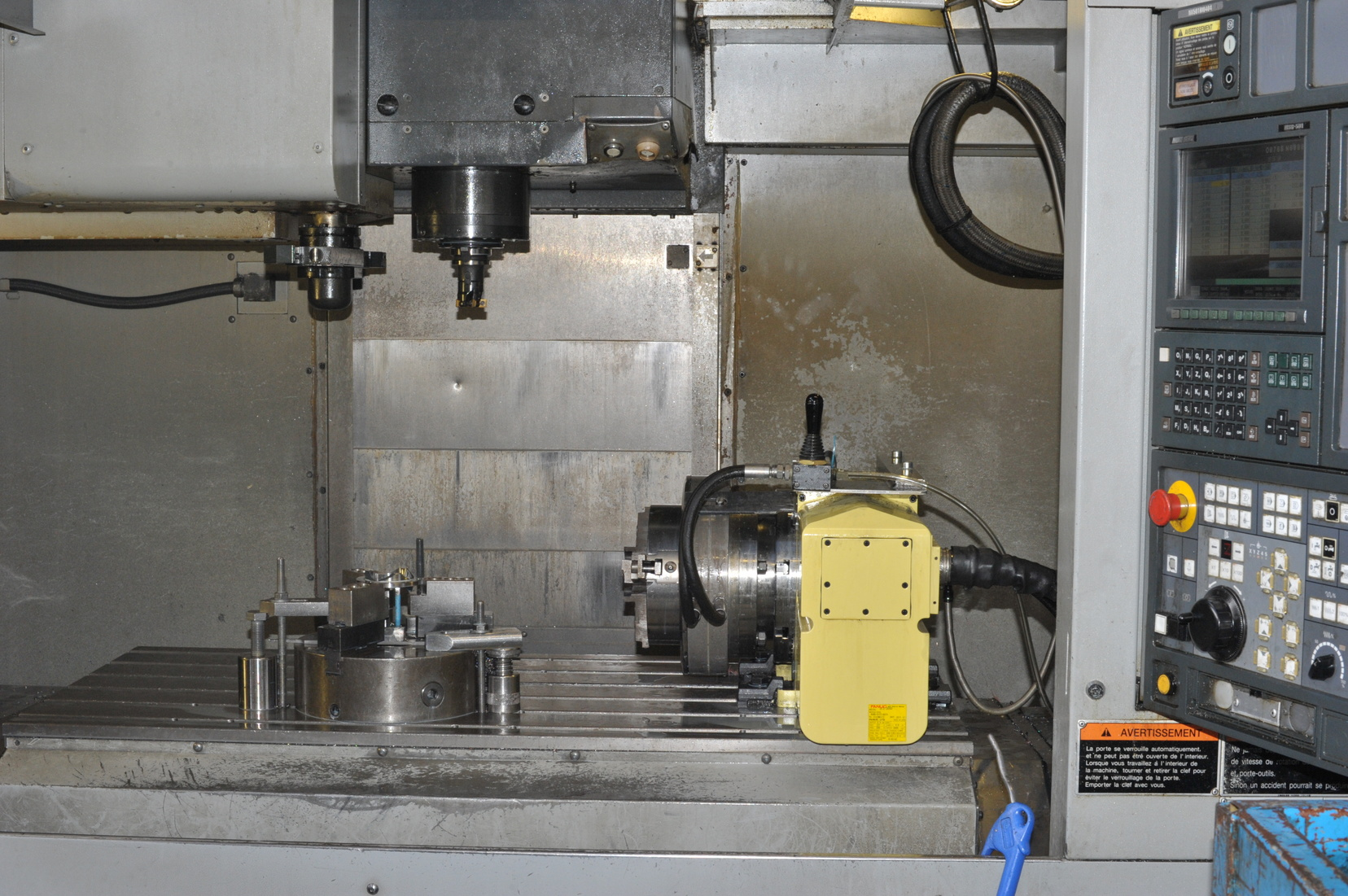 4-AXIS-VERTICAL-MACHINING-CENTER